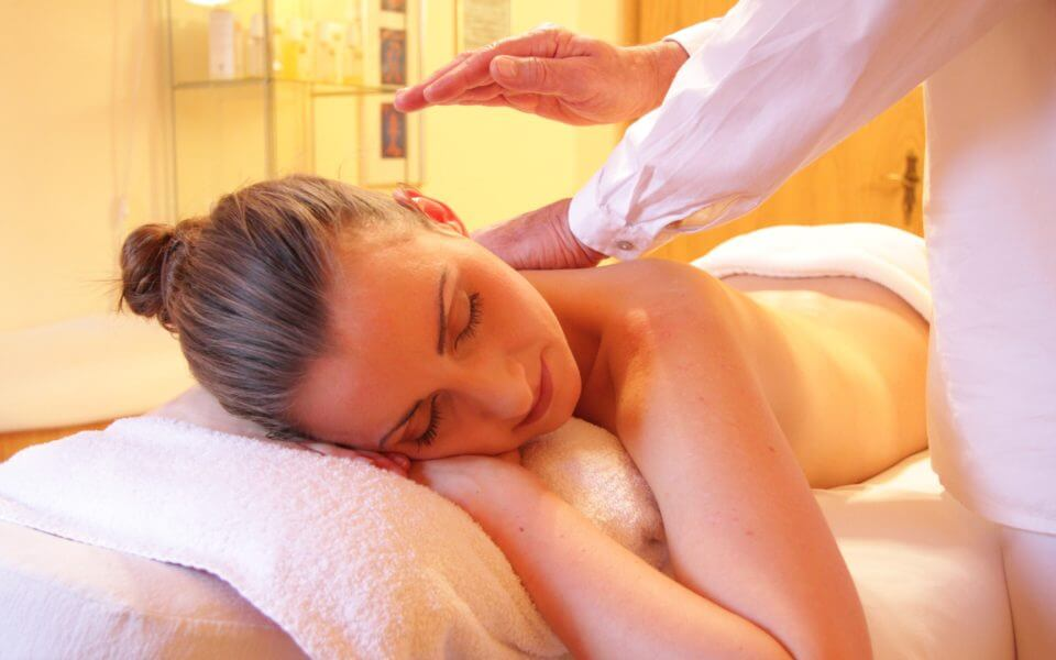 Lymphatic Massage for Hormone Balance and Pain Relief