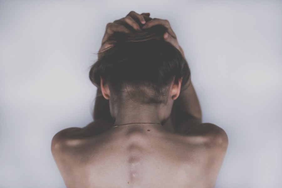 Natural Approaches to Headaches & Migraines